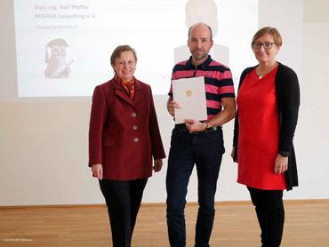 Good Practice Auszeichnung in der digitalen SeniorInnenbildung Firma PFEFFER Consulting e.U.