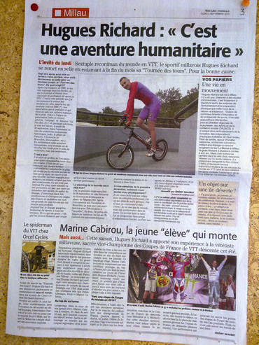 midi libre, hugues richard, tournée des tours, gîles coustelier, trial vélo, ascension de monument à vélo, dany macaskill