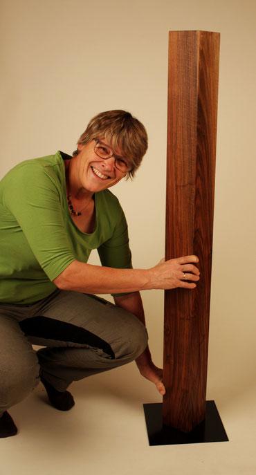 Andrea Kroymann in der Werkstatt