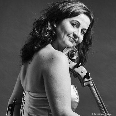 """Juliana Laska, violoncelliste, intervenant dans la formule """"Classique"""""""