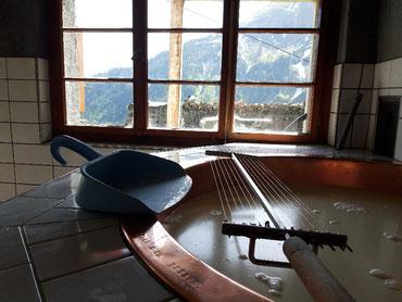 Käsekessi auf der Alp