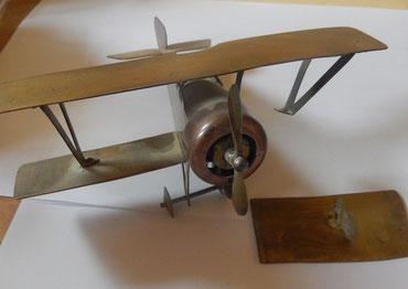 avion biplan artisanat de tranchée