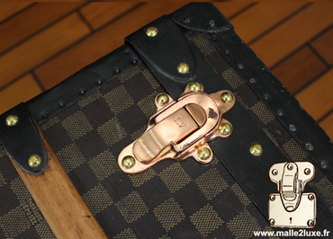 perfect riveting of old vuitton trunk