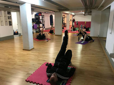 Fitnessboxen, Kräftigungsübungen, Oktober 2018, M's-Gym Bern Ittigen immer MO-FR