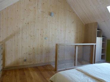 Erholsamer Schlaf im Urlaub im Bio-Holzhaus in Frankreich, Natur, Alleinlage, funkarm, funkfrei, ohne Wifi, ohne WLAN