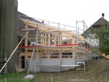 Renovation; Umbau; Sanierungen; Reparaturen; Instandhaltung; Estrichausbauten - Holzbau Peter Beck AG Niederönz