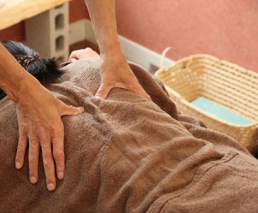 マッサージ 肩こり ストレス 首コリ 腰痛