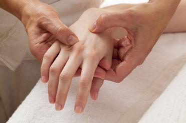 Massages du cabinet Ecrin Originel à Poissy et Croissy-sur-Seine