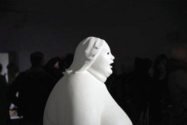 Jelena Azinovic, Skulptur: weibliche Büste