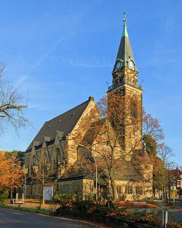 ベルリン・グリューネヴァルト教会 A.Savin wikiPhotoSpace  Wikimedia Commons