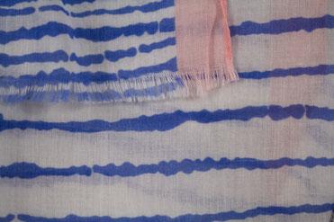 Schal blau weiß gestreift