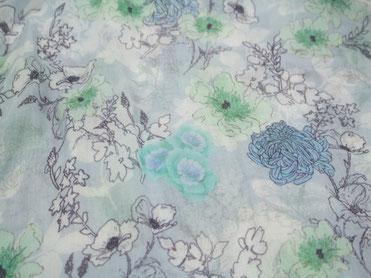 Schal blau mit japanischem Blumenmuster