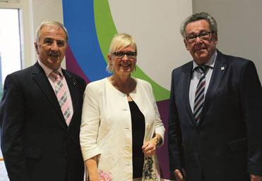 (v. l. nach r.) Claus Schick, Dorothea Schäfer, Peter E. Eckes