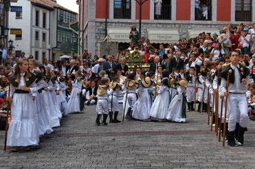 Fiestas de San Roque en Llanes Programa y Cartel