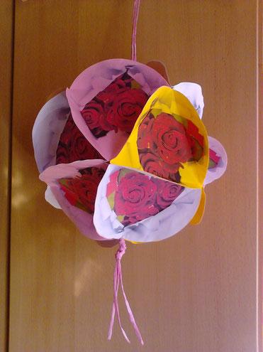 Paper - Globe - Roses