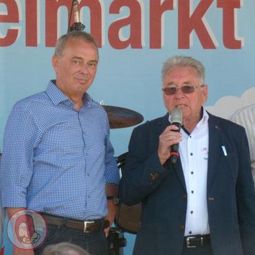 Reinhold Böhm beim Interview mit Unnas Bürgermeister Werner Kolter vor etwa genau einem Jahr beim Drahteselmarkt
