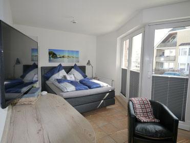 Bild: Die moderne Ferienwohnung Nr. 23 in der Residenz Meeresbrandung in Cuxhaven Duhnen