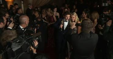 Das Medieninteresse ist gross – im Bild der Oscarpreisträger Eddie Redmayne. Bild: SRF
