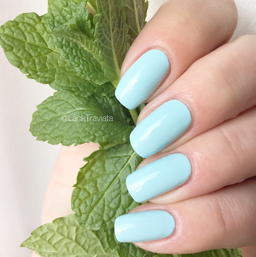 swatch essie mint candy apple US
