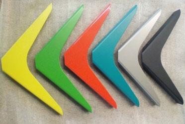 équerres pour étagère murale colorées