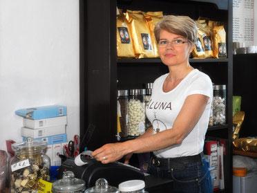 Petra Müller, Inhaberin einer Kaffeerösterei