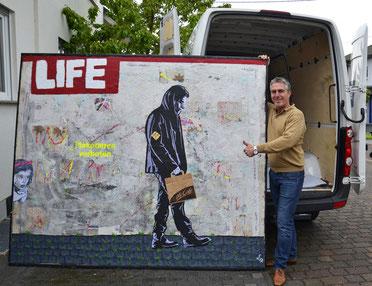 """""""Reality"""" Gips, Beton, Acrylfarbe, Collagen, Graffiti auf 2,40 m x 2,00 m Leinwand Divo Santino 2017"""