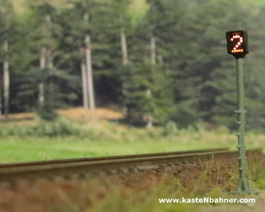 DB ZS3 Mast Signal Spur N 1:160