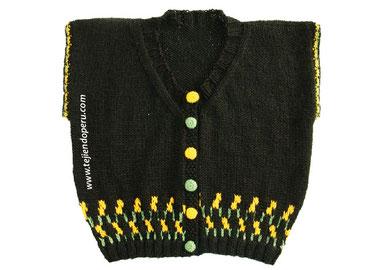 Cómo tejer un chaleco con borde decorado en 3 colores