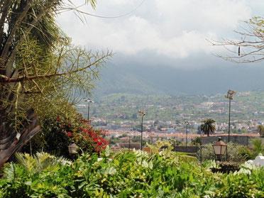 Blick auf die Orotavaberge