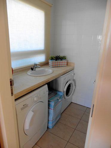 Wasch- und Vorratsraum
