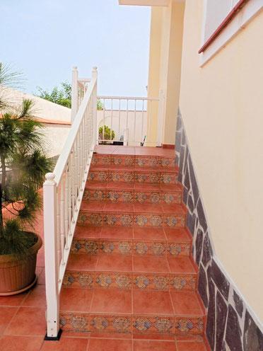 Treppen zum Hauseingang