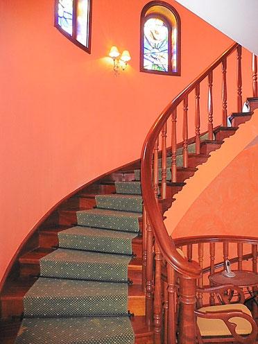 Wendeltreppe zum 1. Stock
