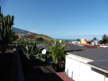 Blick auf Puerto und das Meer