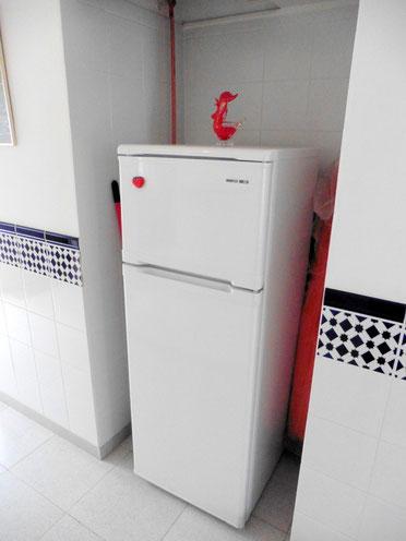 Platz im Flur für einen Kühlschrank