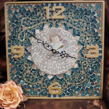 Часы в двух техниках декупаж и мозаика. Три занятия по 4 часа стоимость 6500р