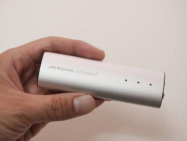 Meridian Audioのスティック型USB-DAC「Explorer 2」。PCMの192kHz/24bitまでのハイレゾ音源に対応。MQA音源のデコードも可能だ