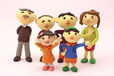粘土で作った家族