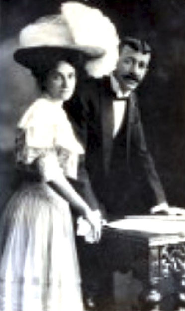 Delia's parents ; Michael & May Miriam De Leon