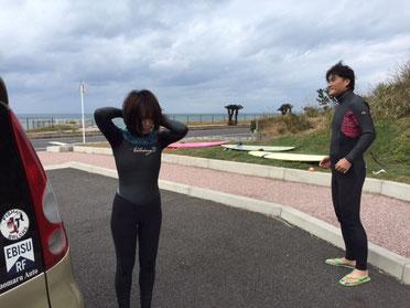 今日も定例会しました、先発組はさっさと海へ(笑) 今日は昨日より風が強く無かったかな?