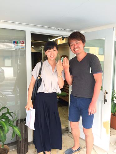 横浜の無責任美容師☆アホ毛で嘆いている彼女に、パーマで可愛い笑顔