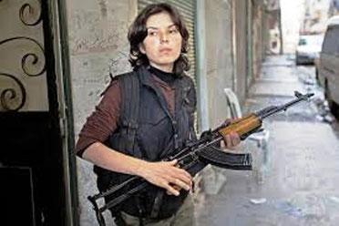 Kurdisk fighter på Assad-oppositionens side i byen Aleppo
