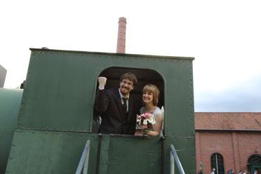 Mit Volldamf vorraus.... in die Ehe mit einer freien Trauung - Janin& Kai