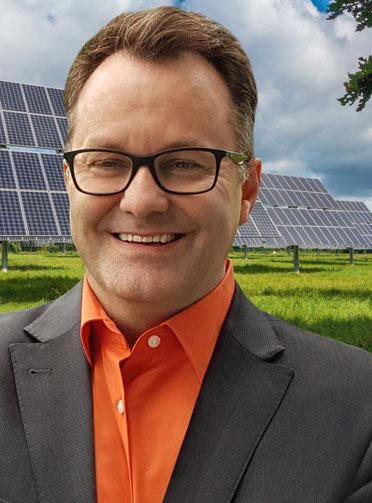 Prof.h.c.Dipl.-Ing.(FH) Andreas Wöll (Graduate Engineer)