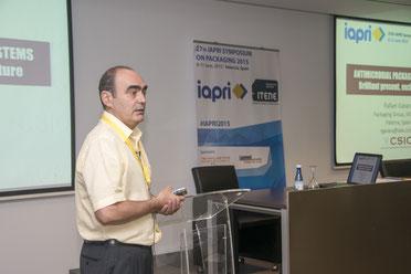 Rafael Gavara, Profesor del Instituto de Agroquímica CSIC