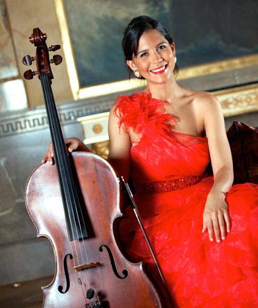 cours de violoncelle avec une artiste renommée : Nicole Peña Comas