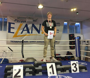 Laurin (BOXING TEAM ITTIGEN) CH-Meister 2016 Light-Contact Boxing 10.12.2016