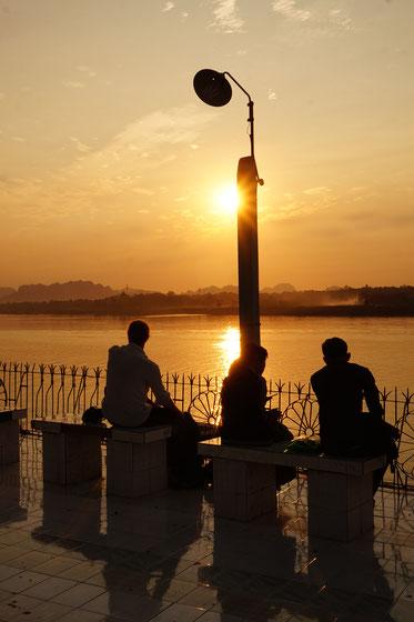 Sonnenuntergang, Menschen