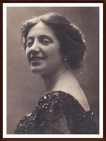 Salomea Krusceniski  - soprano