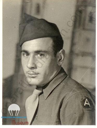 Anthony Di PIETRO en 1944, Le A sur son épaule est l'insigne de la 3em armée US du général PATTON