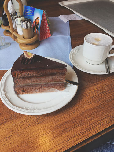 Kaffee und Kuchen in der Laabacher Schenke